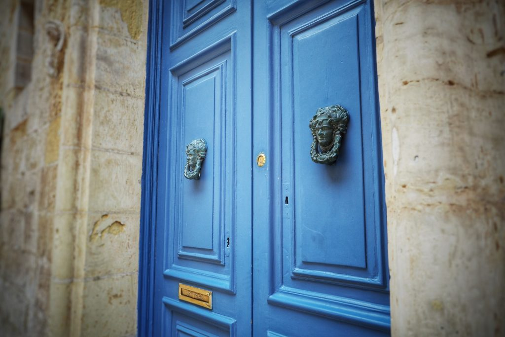 Your stunning summerhouse doors